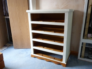 Carcass painted with Rustoleum 'Antique White' and finished with Rustoleum wax.