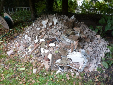 Not a great addition to the garden but just some of the materials taken from the building work, ready to go to the tip.