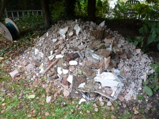 Our rubbish heap of unrecyclable plaster debris has grown somewhat and is not exactly a 'thing of beauty' or a 'joy to behold' - all ideas as to how to use this will be gratefully received.