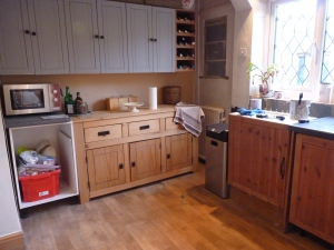New layout ready for worktops to be fitted. I will also be able to paint the cupboard doors once this is done.